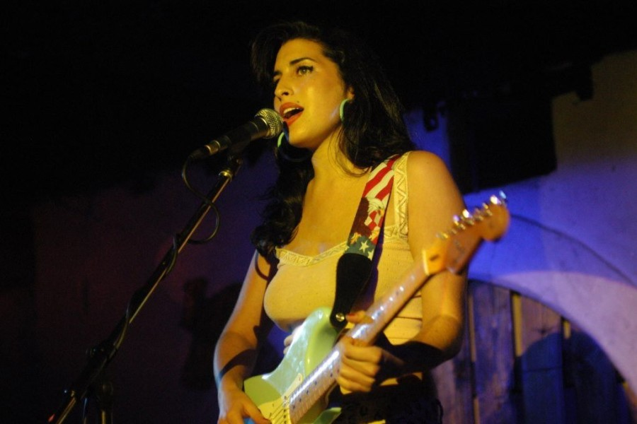 Amy Winehouse City Showcase 2003 001